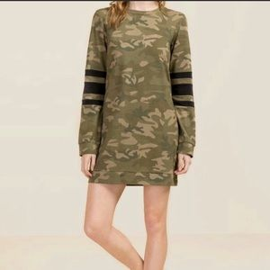 [Francesca's Collection] Camo Sweatshirt Dress